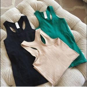 Kelly Green Seamless Slinderizing Racer Back Tank